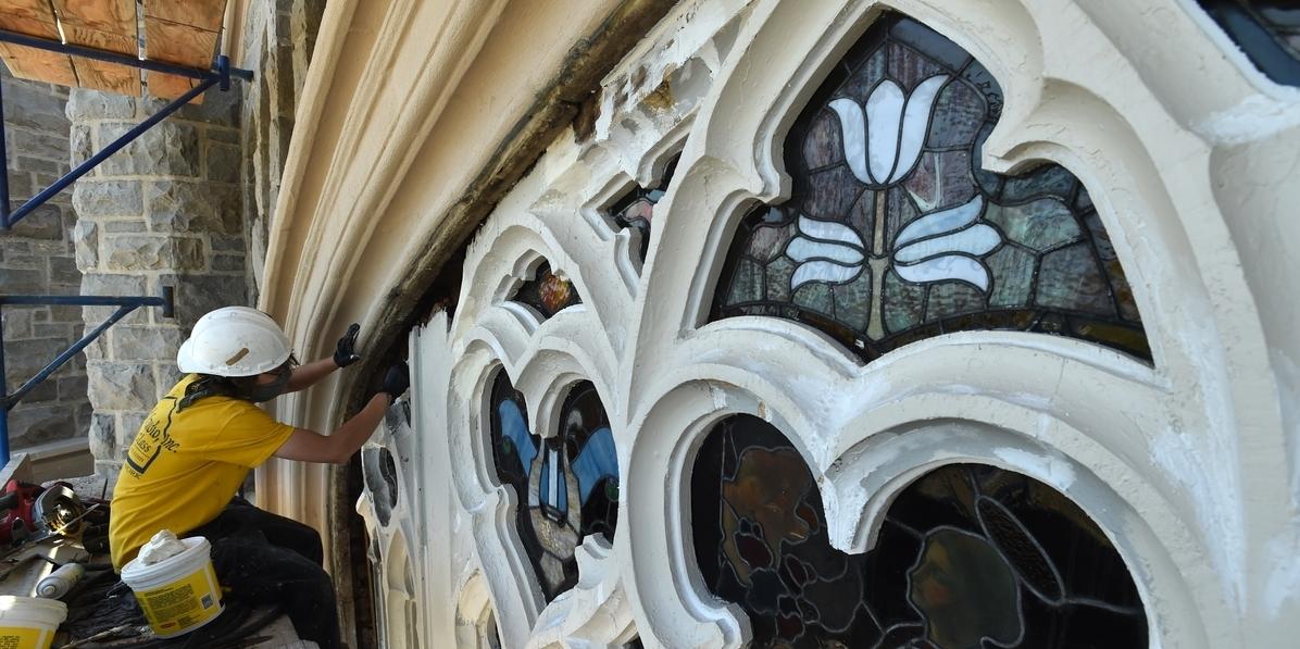 homlokzati-felújítás-kőszeg